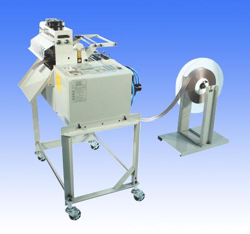 Máy cắt dây đai thẳng bằng dao nhiệt và hơi